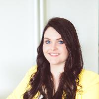 Ihre Ansprechpartnerin Lisa Winter falls Sie noch Fragen zum Thema Teammanagement und Selbstmanagement in Koblenz
