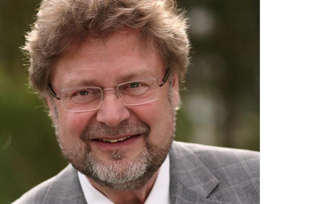 Drei Fragen an … Michael von Hauff