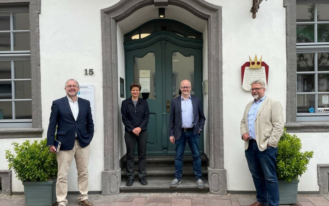 Cusanus Hochschule zieht ins Dreikönigenhaus